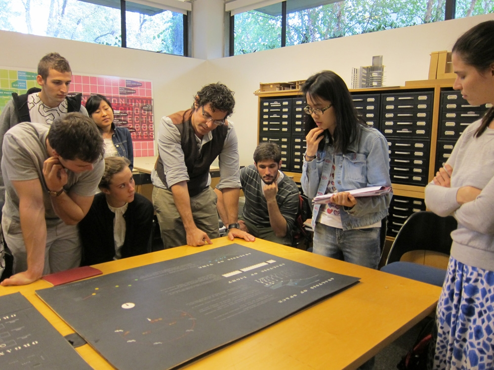 Spyros Papapetros leads a primary source workshop for seniors working on thesis research using historic student work from the SoA Archive with Dan Claro and Leslie Geddes.