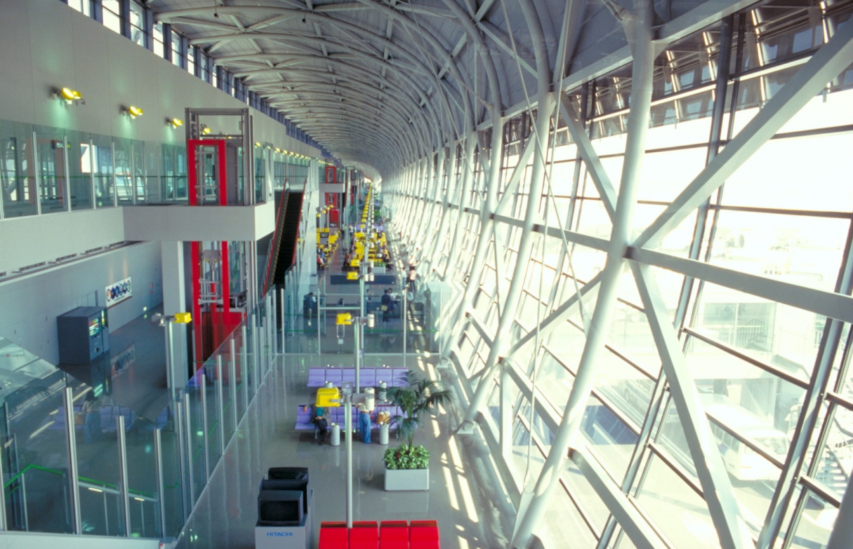 Kansai International Airport (Osaka, Japan) © Arup