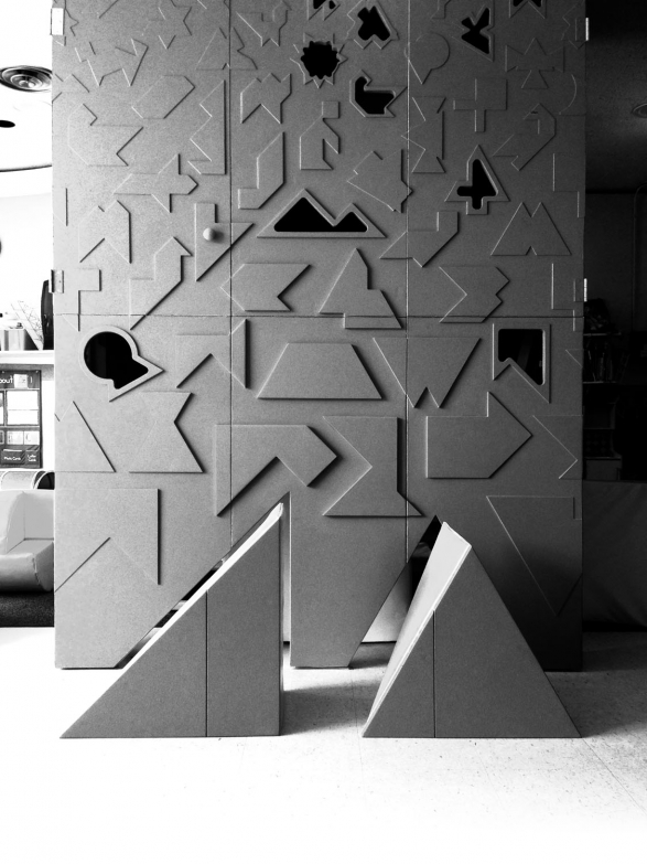 Shape Shape Evolution, Playhouse for the Early Learning Foundation. Chicago, Illinois (2013). Courtesy of Norman Kelley.