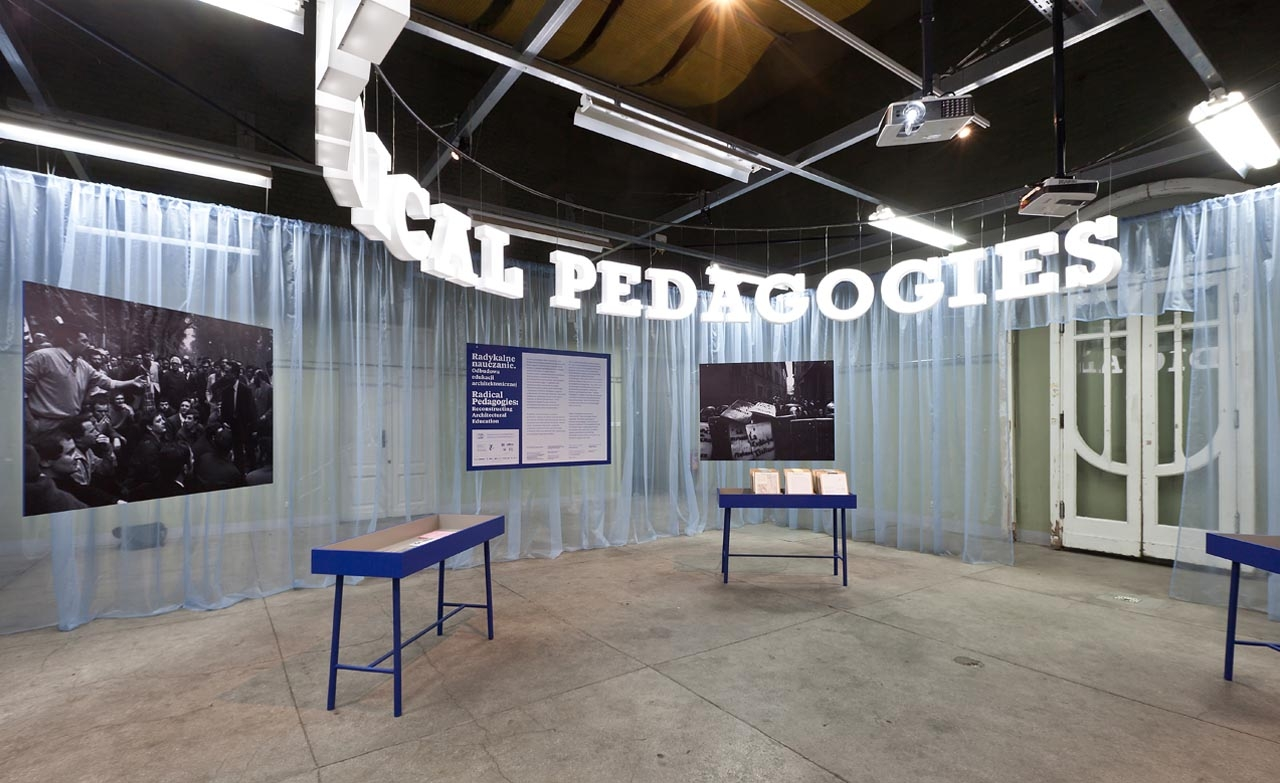 The Radical Pedagogies installation in the exhibition pavilion of the Faculty of Architecture in Warsaw. Photo: Bartosz Stawiarski.