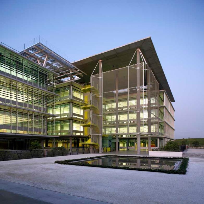 Palmas Altas Campus, Seville. Rogers Stirk Harbour & Partners